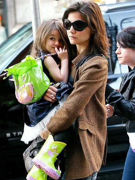 Suri Cruise nosí Kidorable
